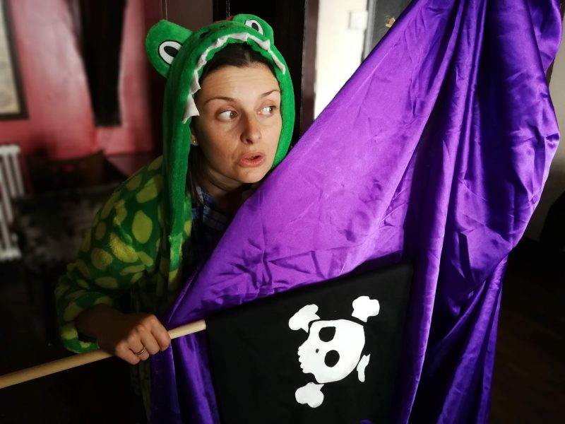 Gemma Curry in The Sleep Pirates by Hoglets