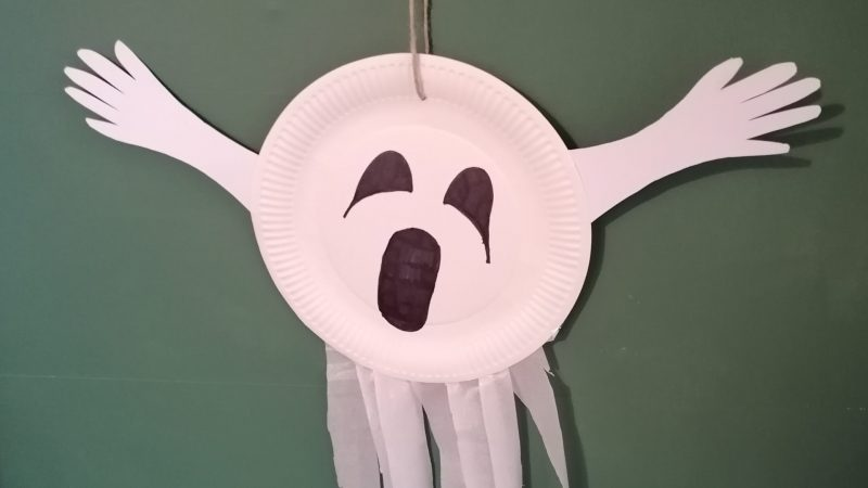 Hoglets craft - Make a ghosty hanger